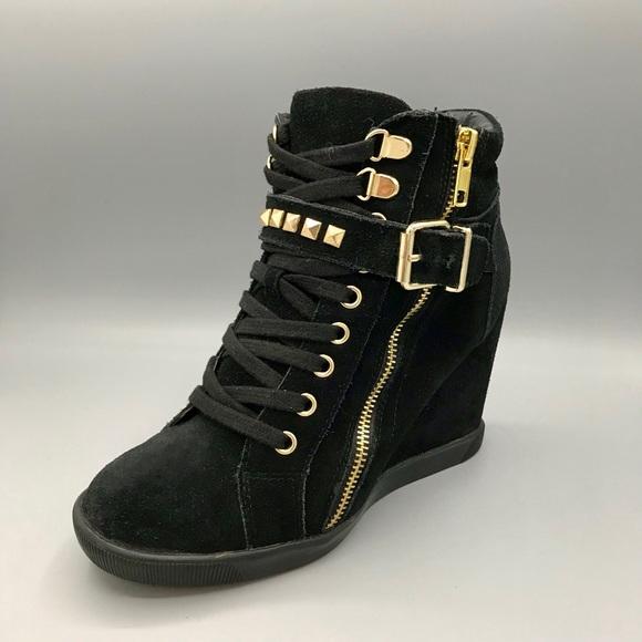 edebb3dbdab Steve Madden Wedge Sneakers. M 5b1dc95de944ba51bb6d8dfd
